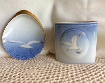 BING GRONDAHL Denmark Porcelain SEAGULL Cigarette Holder and Ashtray - Set