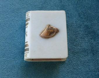A Vintage 1950's Book matchbox