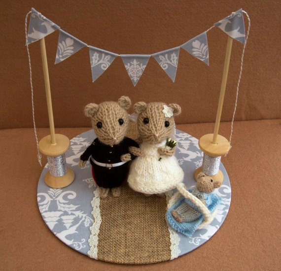 knitted mice wedding cake toppers groom and baby mice wedding mice wedding cake topper 16653