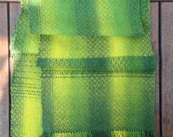 Scarf, wool.  Handwoven. Green.