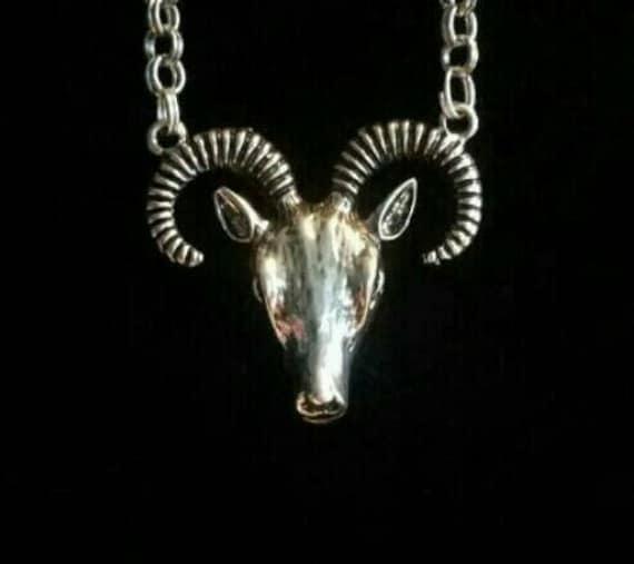 GOAT SKULL baphomet devil horns satanic symbols satanic