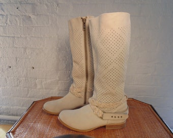 Womens Boots-Suede Boots-Knee High Boots-Zipper Boots-Sz 10 Boots-Size 10 Boots-Fashion Boots-Boho Boots-Bohemian Clothing-Gypsy-Hippie
