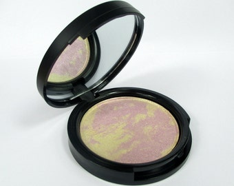 Phee's Makeup Shop Rose Quartz Marbled Highlighter Compact - CRUELTY FREE