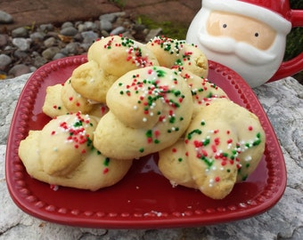 Kaludis (Italian Knot Cookies)