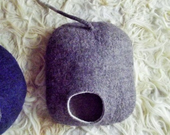 Cat Bed, Cat Cave, Cat House, Felted Cat Cave, Felted Wool Cat Bed, Grey and White, Eco-friendly