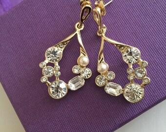 Vintage style crystal and pearl earrings