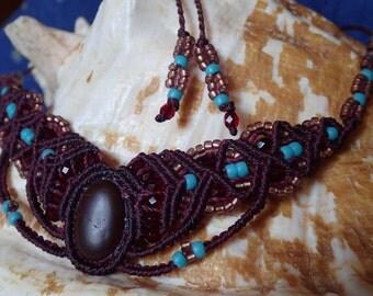 Beaded necklace, micro macrame necklace, beach stone jewelry, stone macramé necklace, ocean pebble, natural bohemian, tribal necklace