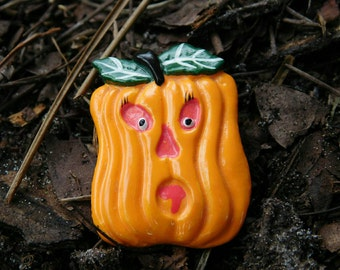 Spoooky Pumpkin Halloween pin