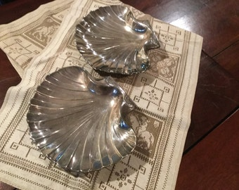 "Sale ..Large CLAM SHELL PLATTERS 2 Silver Plated Matching Set (2)  Pair 9.5"" by 8"" Silver Plated Ornate Clam Serving Platters"