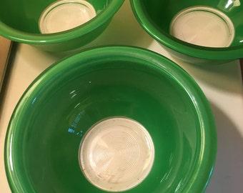 Green Pyrex Bowls 322
