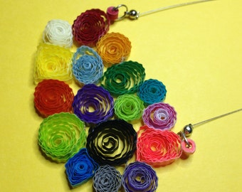 Necklace balls of wool - paper quilling - multicolor-