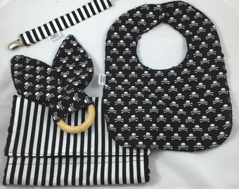 Black and White 4 Piece Set