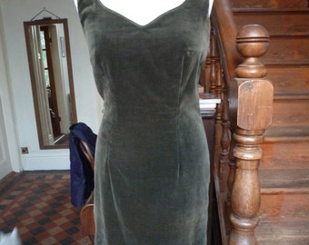 Fabulous Monsoon velvet wiggle dress, knee length, olive green with button detailing, size 12.  50's Mad Men, Marilyn