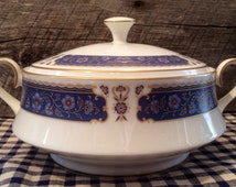 1970's Renaissance by Carico Round Covered Vegetable Dish, Fine China, pattern #7951, Elegant table, blue and white dishes