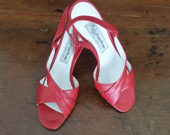 Evan Picone Vintage Red Leather Sling Back Open Toe Sandals Size 8