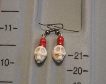 Skull earring pair