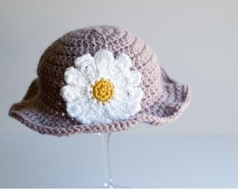 Baby Spring Sun Hat, Crochet Newborn Hat, Infant Hat, Flower Hat, Daisy Hat, Baby Girl Hat, Baby Niece Gift, Photo Prop, Ready to Ship