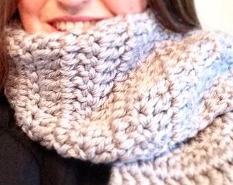 Chunky crocheted scarf