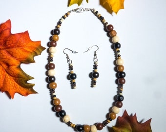 Wood bead necklace and earring set