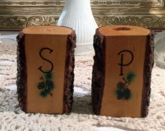 Vintage Wood Tree Bark Salt and Pepper Shakers, Wooden Souvenir From Trees of Mystery- Vintage 1950's