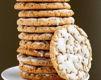 Iced Oatmeal Cookie, Traditional Cookies, Cinnamon Cookies, Old Fashioned Cookies, Homemade Cookies, Freshly Baked Cookies