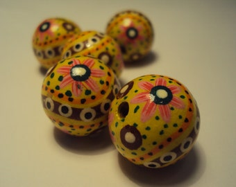 5 Large Hand-painted Wooden Beads (20mm)