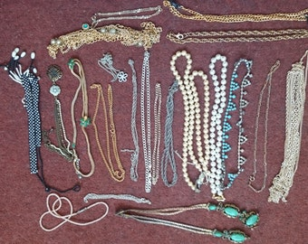 Job Lot of 21 Necklaces, Chains some Vintage
