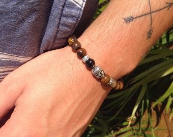Bracelet for man - Buddha and tiger eye beads - style Buddhist / yoga