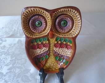 owl pottery dish from the   Jesus Maria ceramica pottery Spain.