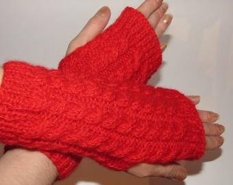 Mittens knitted with braids, knitting mittens, handmade, gift idea, fingerless gloves, knitted gloves.