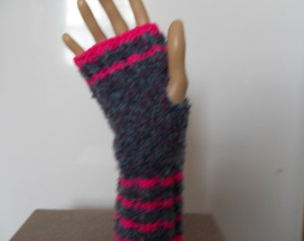 fingerless gloves, driving gloves, pink stripe with multi color