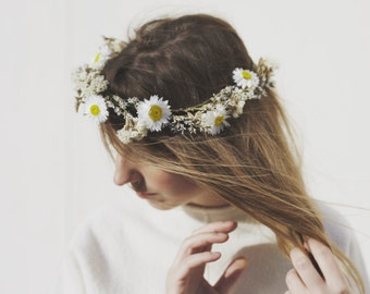 Wild White - Dried Flower Crown