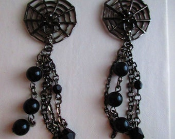 Spider Web Gothic Black Halloween Earrings