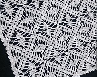 Rectangular Vintage Doily. White Crochet Lace Rectangular Doily RBT0278