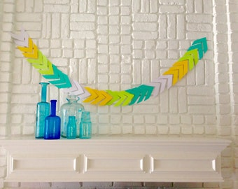 Chevron Garland