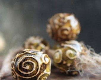 Artisan ceramic beads, sharm beads, pandora style, handmade ceramic beads, yellow beads, curls ornament, klimt style, for jewelry