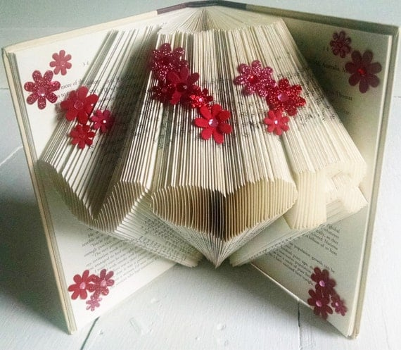 Christmas Gift For Boyfriend or Girlfriend, Decorative Folded Book Art