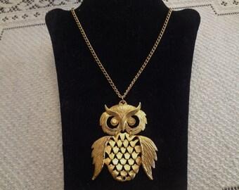 Vintage Owl costume jewelry necklace