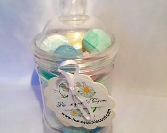Jar of mixed flavour bath bombs