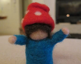 Little dwarf in carded wool-Needle Felted Gnome