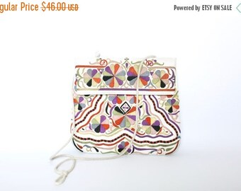 ON SALE Vintage White 60's/70's Leather Embroidered Purse | Cross body | Festival Bag |