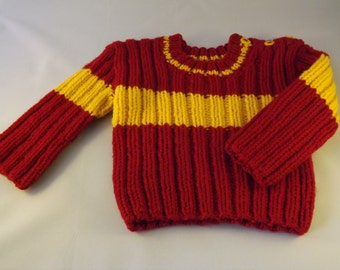 Quidditch sweater in Gryffindor colours for newborn baby