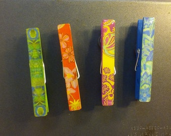 4 Brightly Colored Designed Clothes Pin Magnets