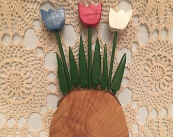 Vintage Wooden Holland Tulips Accent Decor / Flower Home Decor / Wooden Tulips / Holland Red, White, Blue Flowers / Wood Tulip Log Stand