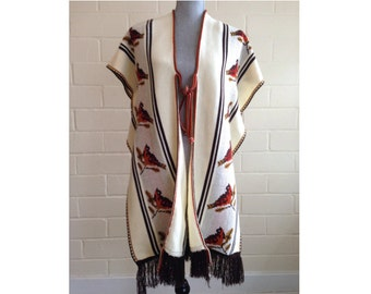 Vintage 70s knit poncho - winter snowbirds/birds pattern - fringed poncho  - cozy cardigan sweater white brown red
