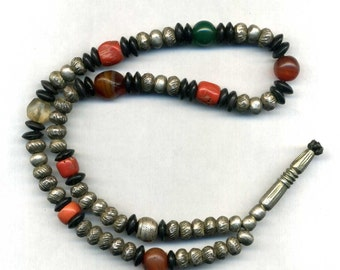 Morocco - Sahara - Mauritania – necklace or prayer Tesbih with silver, agates, coral and glass beads