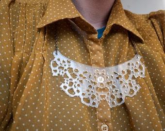 Ariel, the plexi necklace