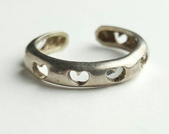 Cute Vintage Sterling Silver Heart Toe Ring- Size 4.5