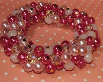 Shaded pink bracelet with 6 mm beads