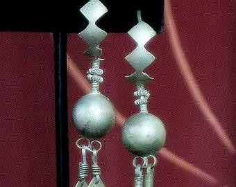 VINTAGE SINDH EARRINGS - Tribal Jewelry from Punjab